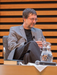 Guy Gavriel Kay at the Appel Salon, Toronto. Photo © Alex Hoffman.