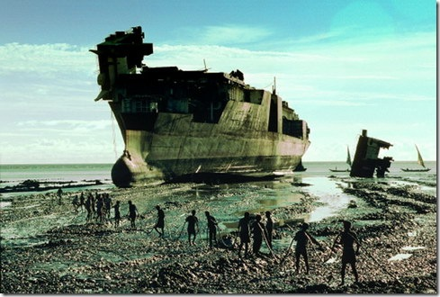 The Alang ship breaking yards. Photo from http://www.jazjaz.net/